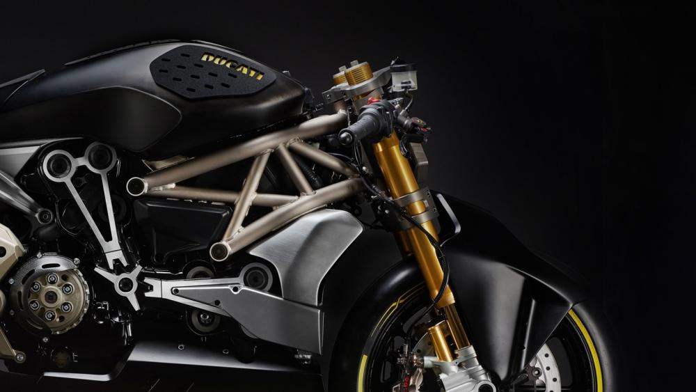 ducati-shows-the-draxter-concept-a-sport-interpretation-of-the-xdiavel_5-1600x900.jpg